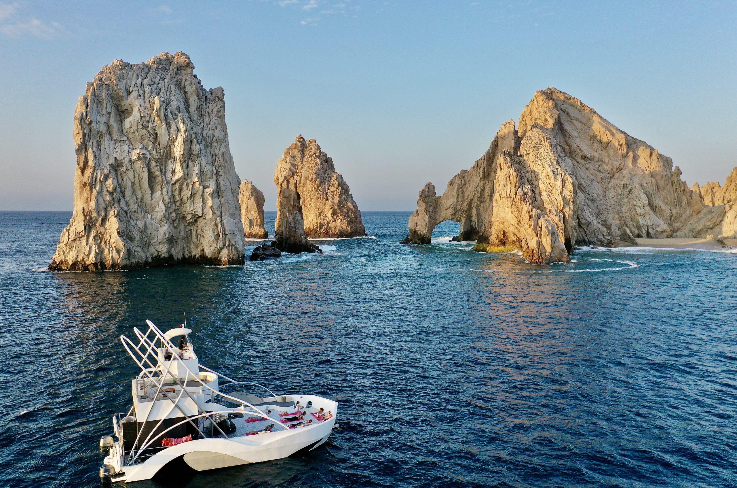 Yoga Yacht Exclusive Sea Cabo